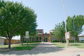 Front view of Smithfield Elementary Campus