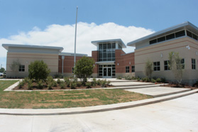 Front view of O.H. Stowe Elementary Campus